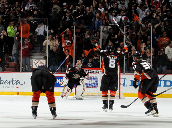 ANAHEIM, CA - APRIL 08:  Teemu Selanne #8 of the Anaheim Ducks celebrates as the game ends against the Los Angeles King at Honda Center on April 8, 2011 in Anaheim, California. The Ducks won 2-1 to clinch a berth in the playoffs.  (Photo by Stephen Dunn/G