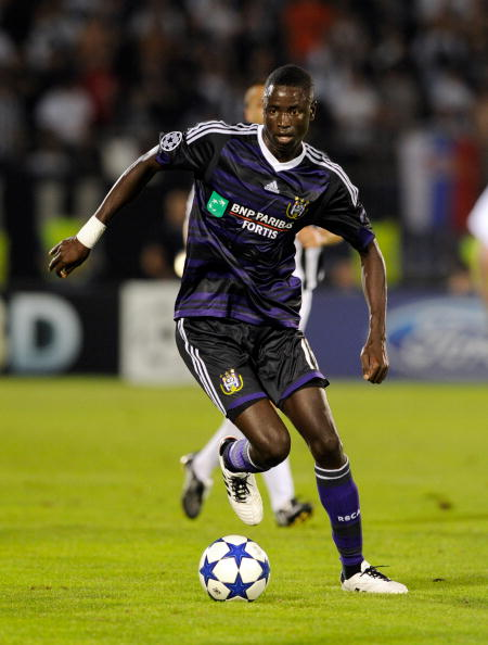 BELGRADE, SERBIA - AUGUST 18:  Cheikhou Kouyate of RSC Anderlecht during the UEFA Champions League Play-off match between Partizan and Anderlecht at Partizan Stadium on August 18, 2010 in Belgrade, Serbia.  (Photo by Claudio Villa/Getty Images)