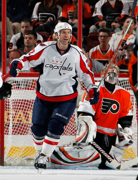 PHILADELPHIA, PA - MARCH 22:  Mike Knuble #22 of the Washington Capitals celebrates a Washington goal during an NHL hockey game against the Philadelphia Flyers at the Wells Fargo Center on March 22, 2011 in Philadelphia, Pennsylvania.  (Photo by Paul Bere