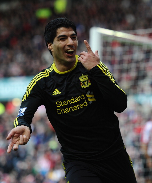 SUNDERLAND, ENGLAND - MARCH 20: Luis Suarez of Liverpool celebrates his goal during the Barclays Premier League match between Sunderland and Liverpool at the Stadium of Light on March 20, 2011 in Sunderland, England.  (Photo by Laurence Griffiths/Getty Im