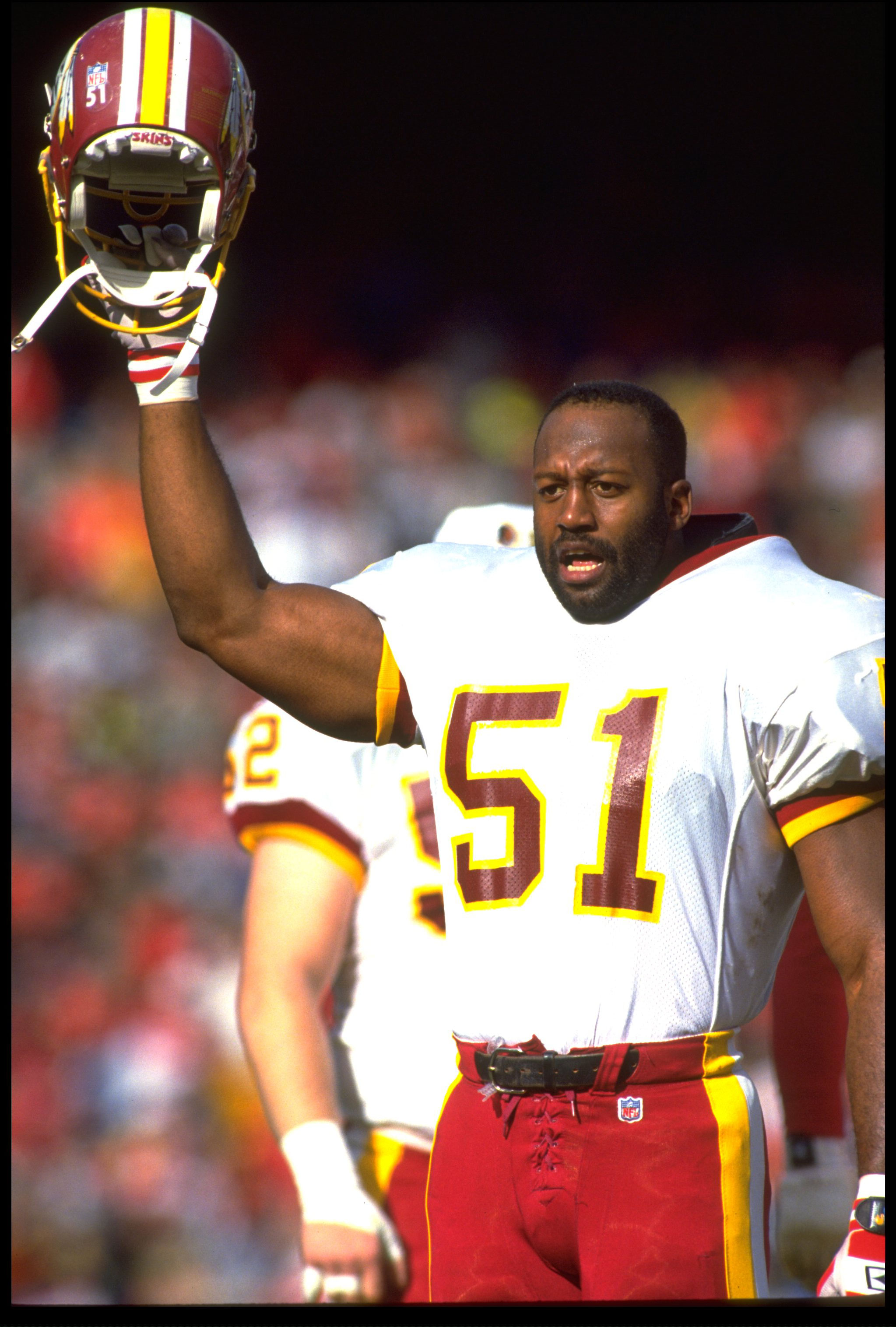 9 JAN 1993:  WASHINGTON REDSKINS LINEBACKER MONTE COLEMAN CHEERS ON TEAM DURING NFC DIVISION PLAYOFF 20-13 LOSS TO THE SAN FRANCISCO 49ERS AT CANDLESTICK PARK IN SAN FRANCISCO, CALIFORNIA.