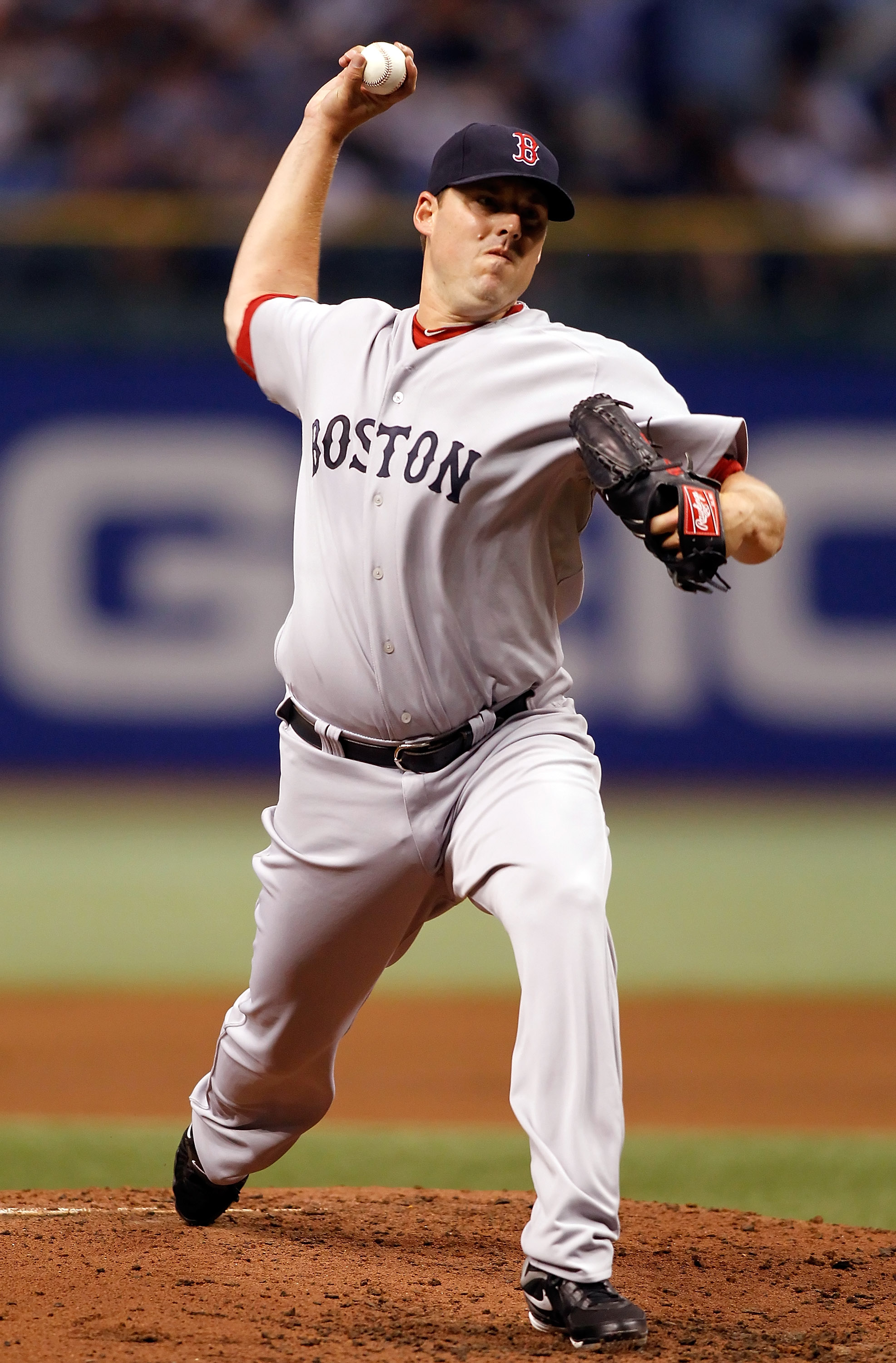 ST. PETERSBURG - AUGUST 29:  Pitcher John Lackey #40 of the Boston Red Sox pitches against the Tampa Bay Rays during the game at Tropicana Field on August 29, 2010 in St. Petersburg, Florida.  (Photo by J. Meric/Getty Images)
