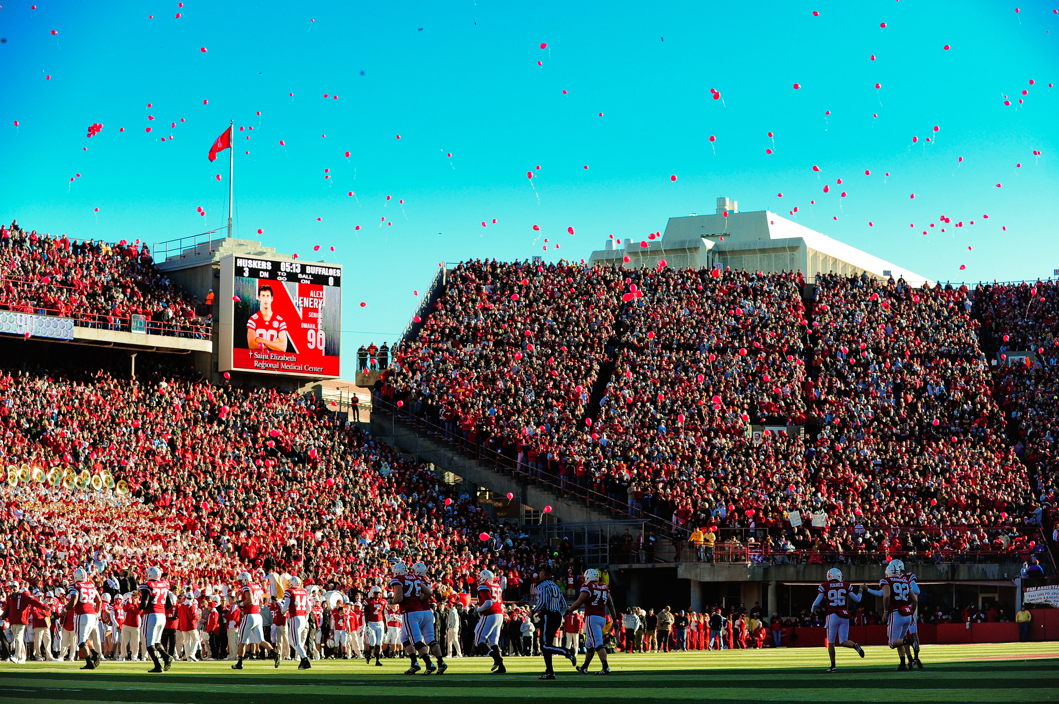 """College Balloons 21/"""" Virginia Tech Football Balloons"""