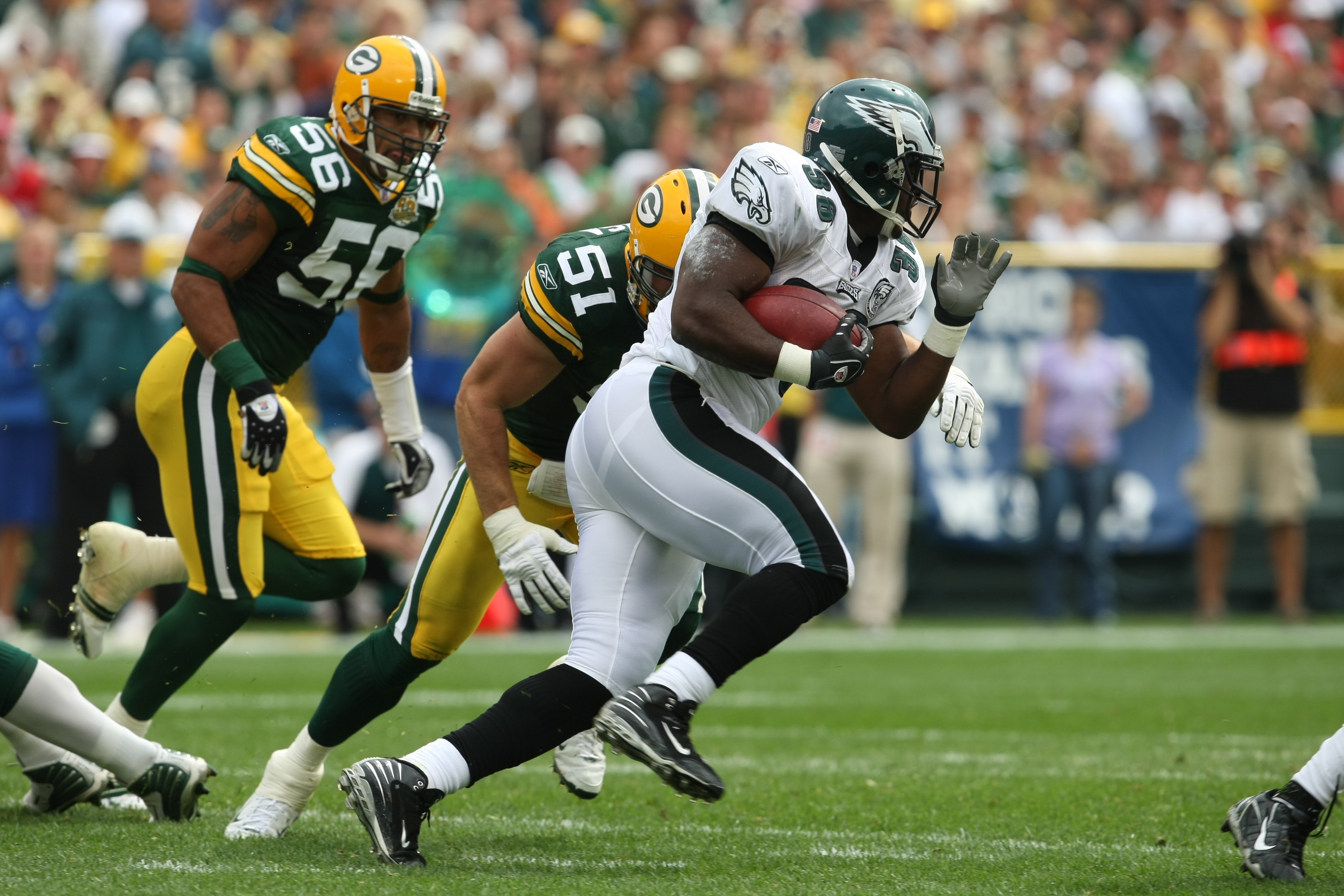 GREEN BAY, WI - SEPTEMBER 09: J.R. Reed #34 of the Philadelphia Eagles runs against the Green Bay Packers on September 9, 2007 at Lambeau Field in Green Bay, Wisconsin. he Packers defeated the Eagles 16-13. (Photo by Jonathan Daniel/Getty Images)