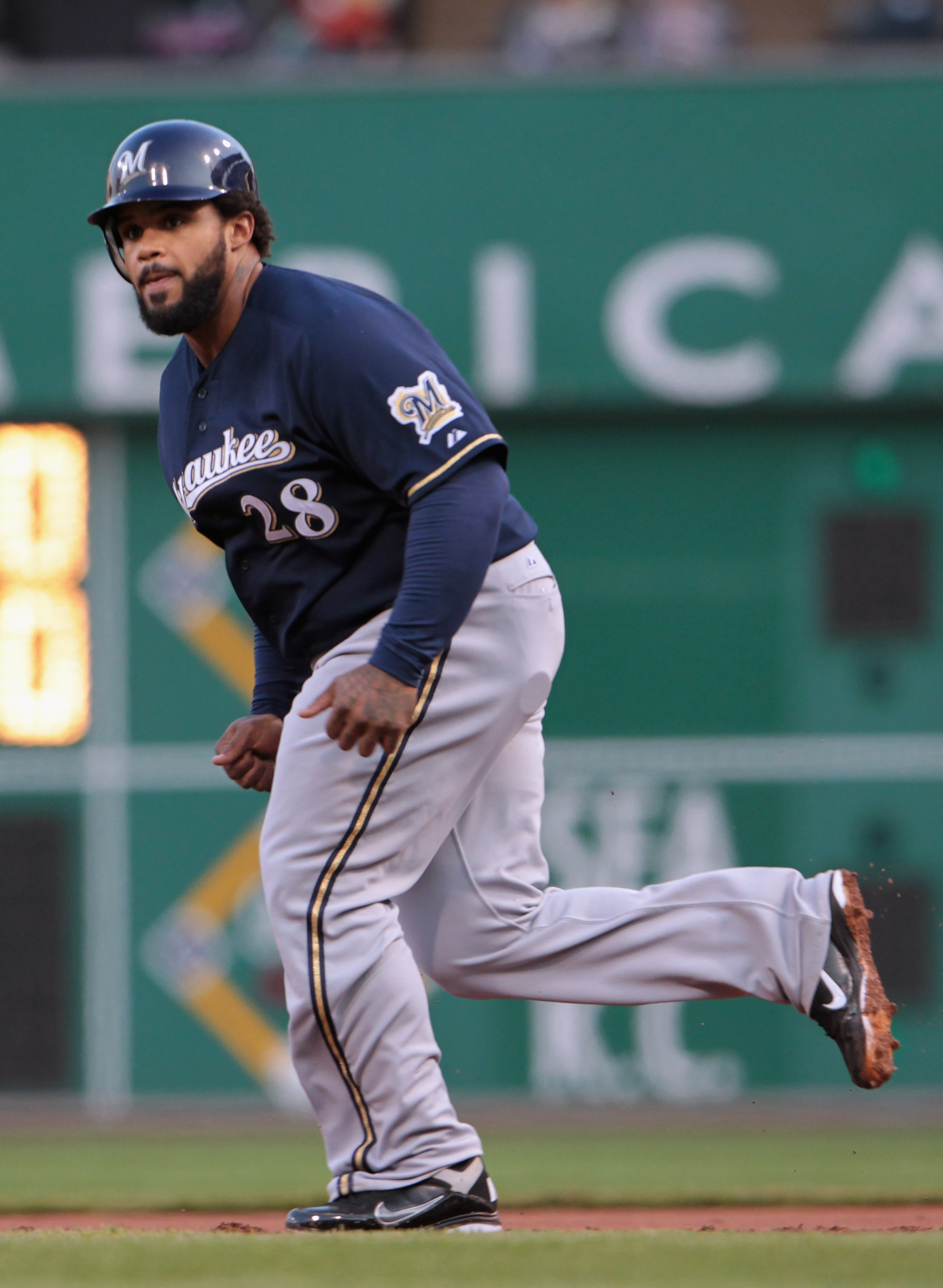 PITTSBURGH, PA - APRIL 14:  Prince Fielder #28 of the Milwaukee Brewers leads off first base during their game against the Pittsburgh Pirates at PNC Park on April 14, 2011 in Pittsburgh, Pennsylvania.  (Photo by Scott Halleran/Getty Images)