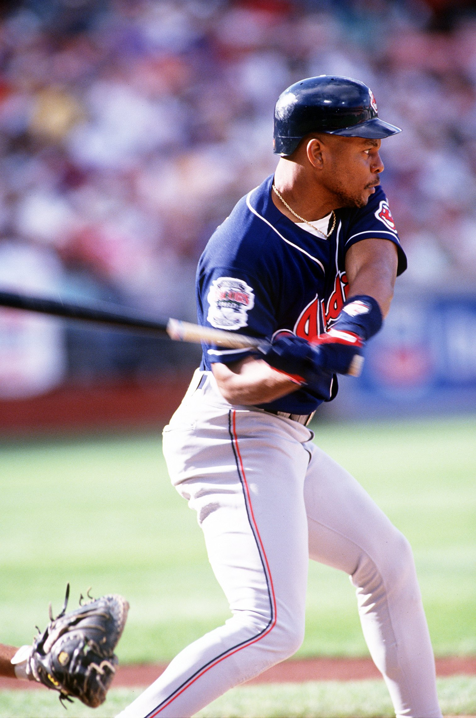 9453db1b44d 5 JUN 1994  CLEVELAND OUTFIELDER ALBERT BELLE SWINGS AT AN OAKLAND PITCH  DURING THE INDIANS