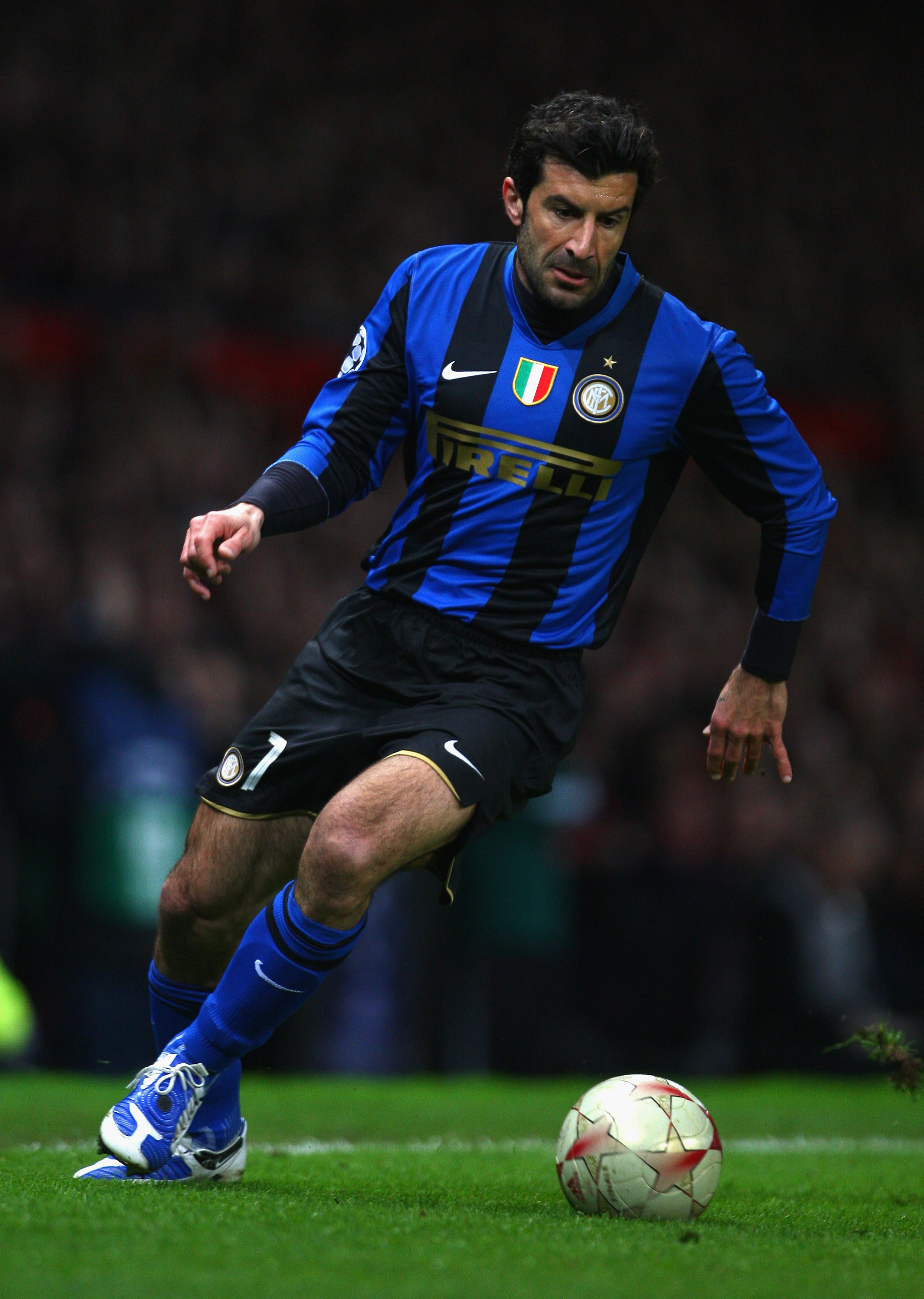 MANCHESTER, UNITED KINGDOM - MARCH 11:  Luis Figo of Inter Milan in action during the UEFA Champions League Round of Sixteen, Second Leg match between Manchester United and Inter Milan at Old Trafford on March 11, 2009 in Manchester, England. (Photo by La