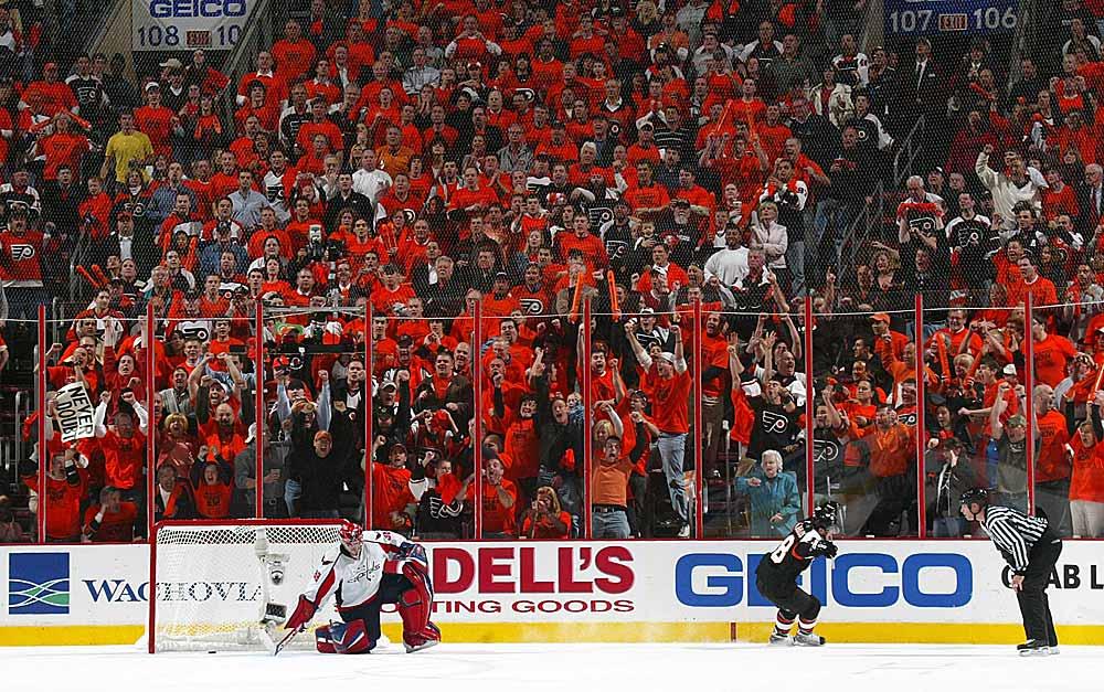 Photo Credit: Hockeyforum.com