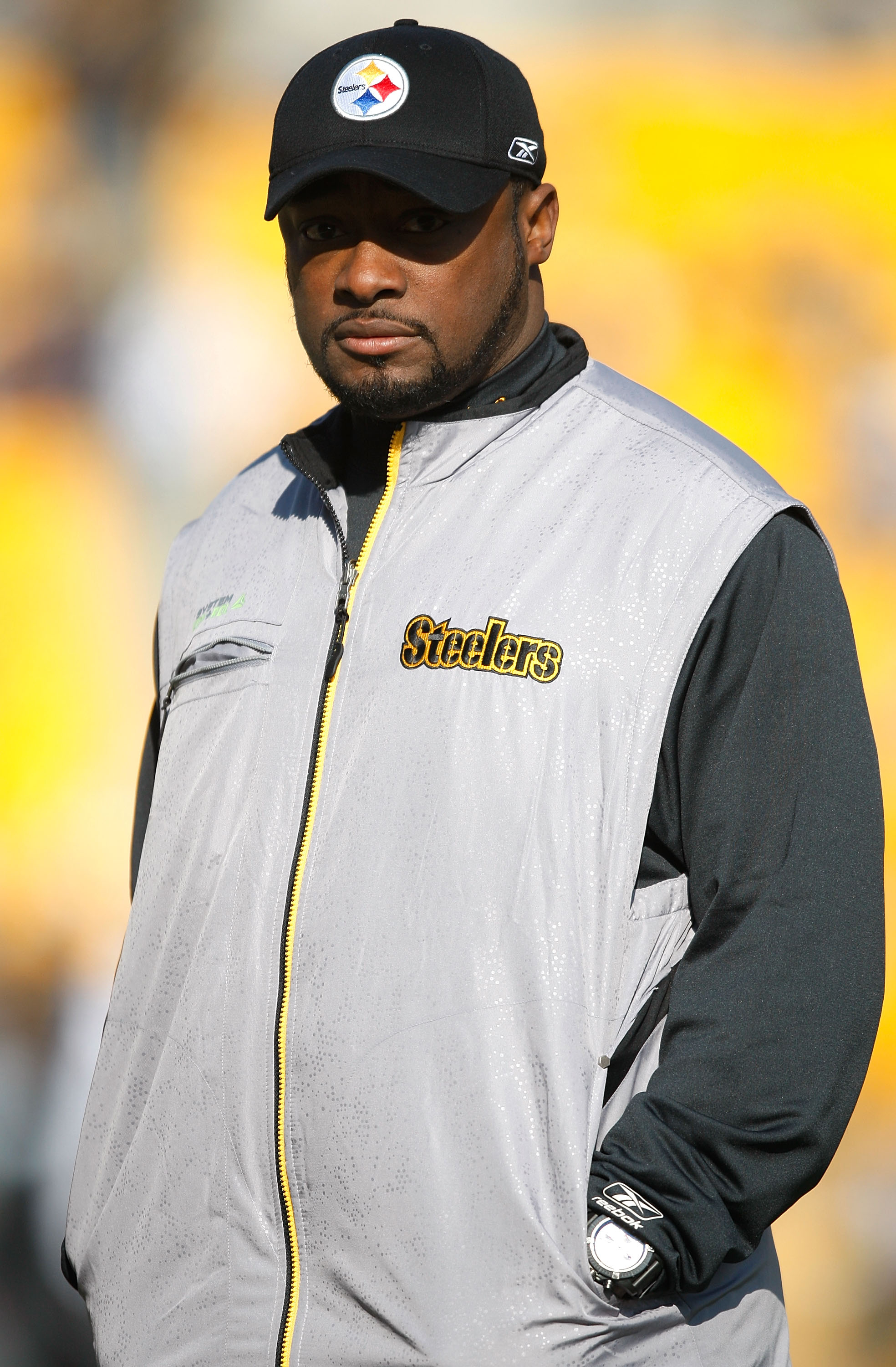 PITTSBURGH - DECEMBER 06:  Head coach Mike Tomlin of the Pittsburgh Steelers watches his team before the game against the Oakland Raiders on December 6, 2009 at Heinz Field in Pittsburgh, Pennsylvania.  (Photo by Jared Wickerham/Getty Images)