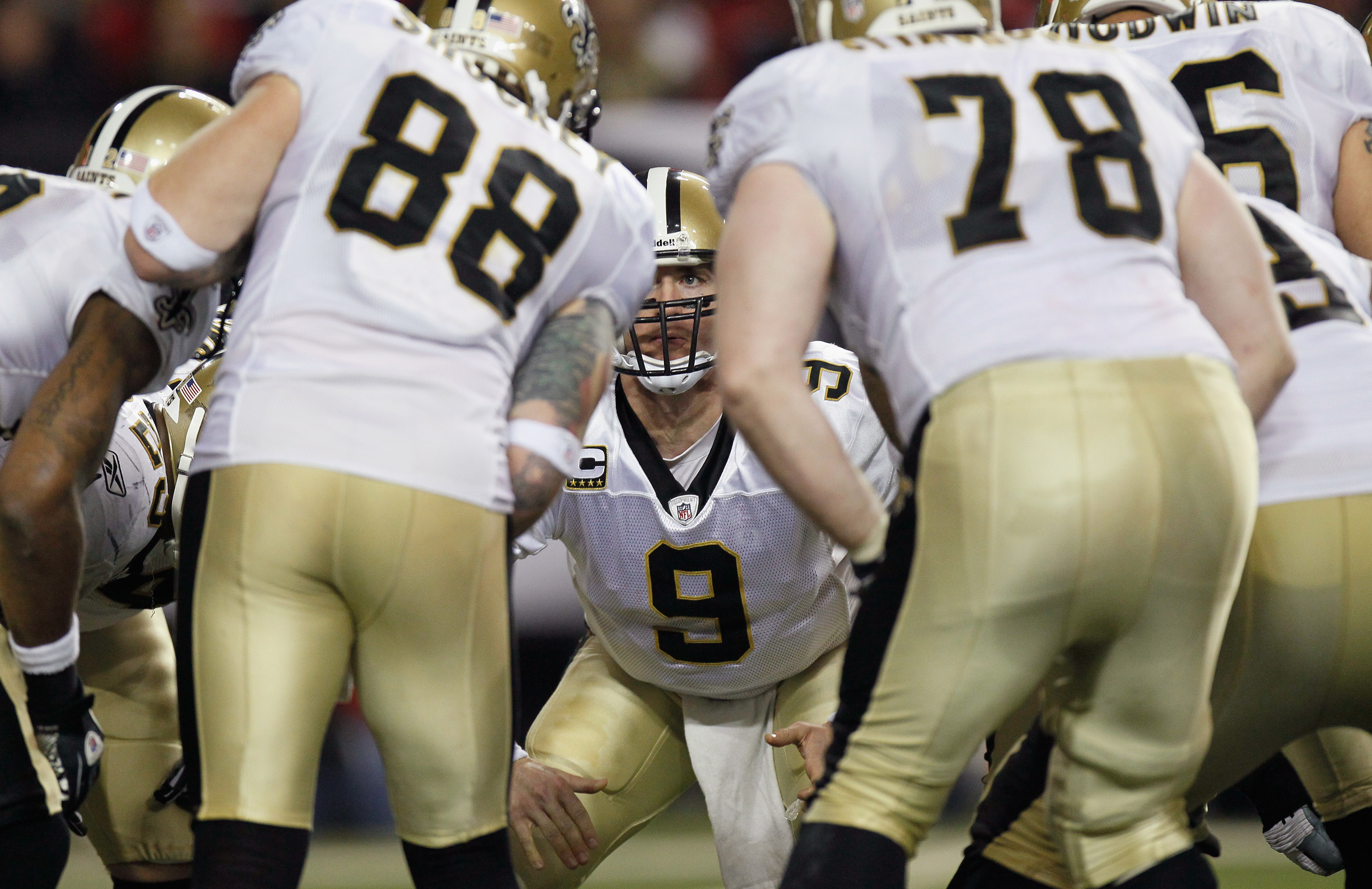 ATLANTA, GA - DECEMBER 27:  Quarterback Drew Brees #9 of the New Orleans Saints against the Atlanta Falcons at Georgia Dome on December 27, 2010 in Atlanta, Georgia.  (Photo by Kevin C. Cox/Getty Images)