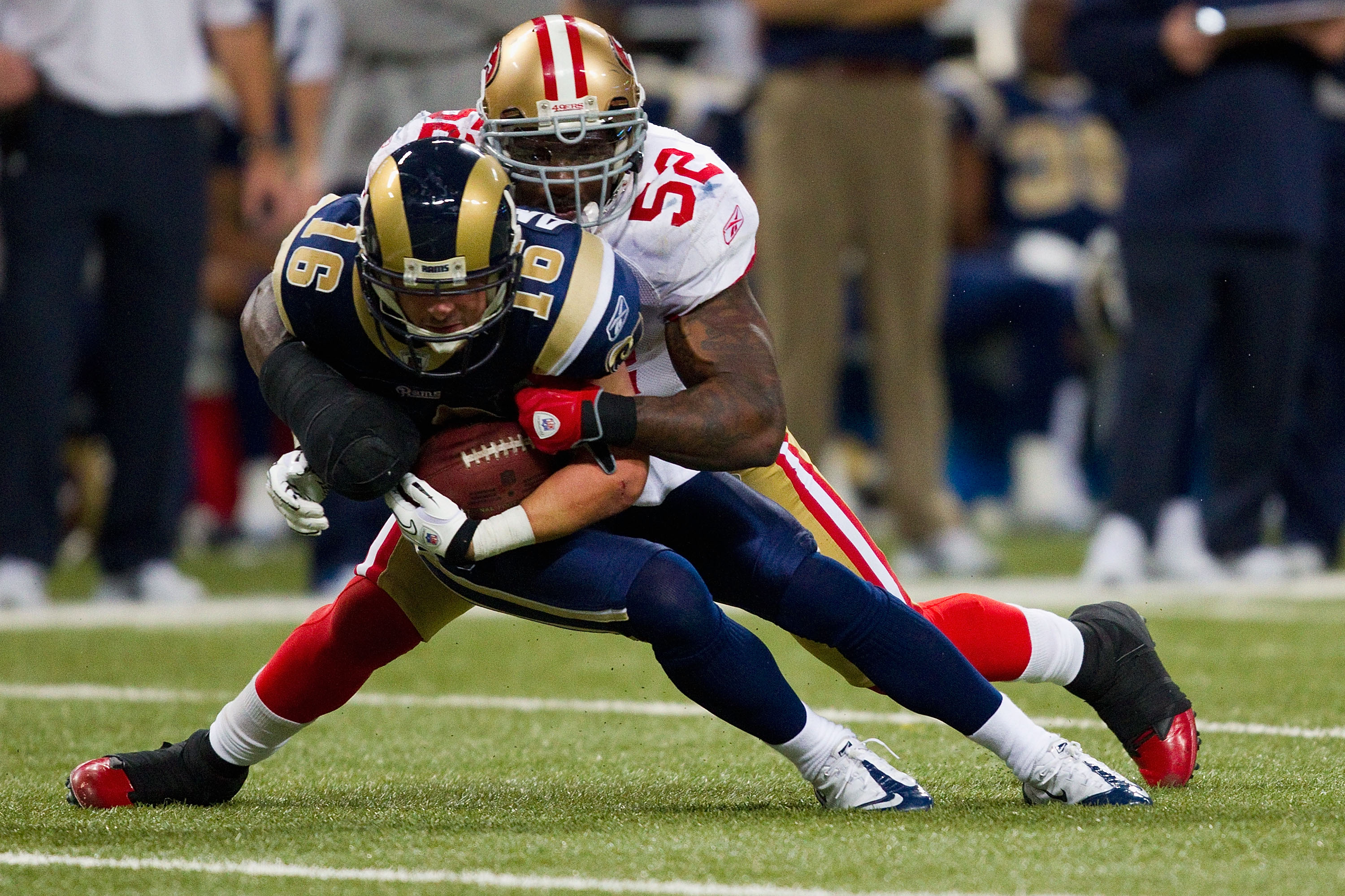 ST. LOUIS, MO - DECEMBER 26: Patrick Willis #52 of the San Francisco 49ers tackles Danny Amendola #16 of the St. Louis Rams at the Edward Jones Dome on December 26, 2010 in St. Louis, Missouri. The Rams beat the 49ers 25-17. (Photo by Dilip Vishwanat/Gett