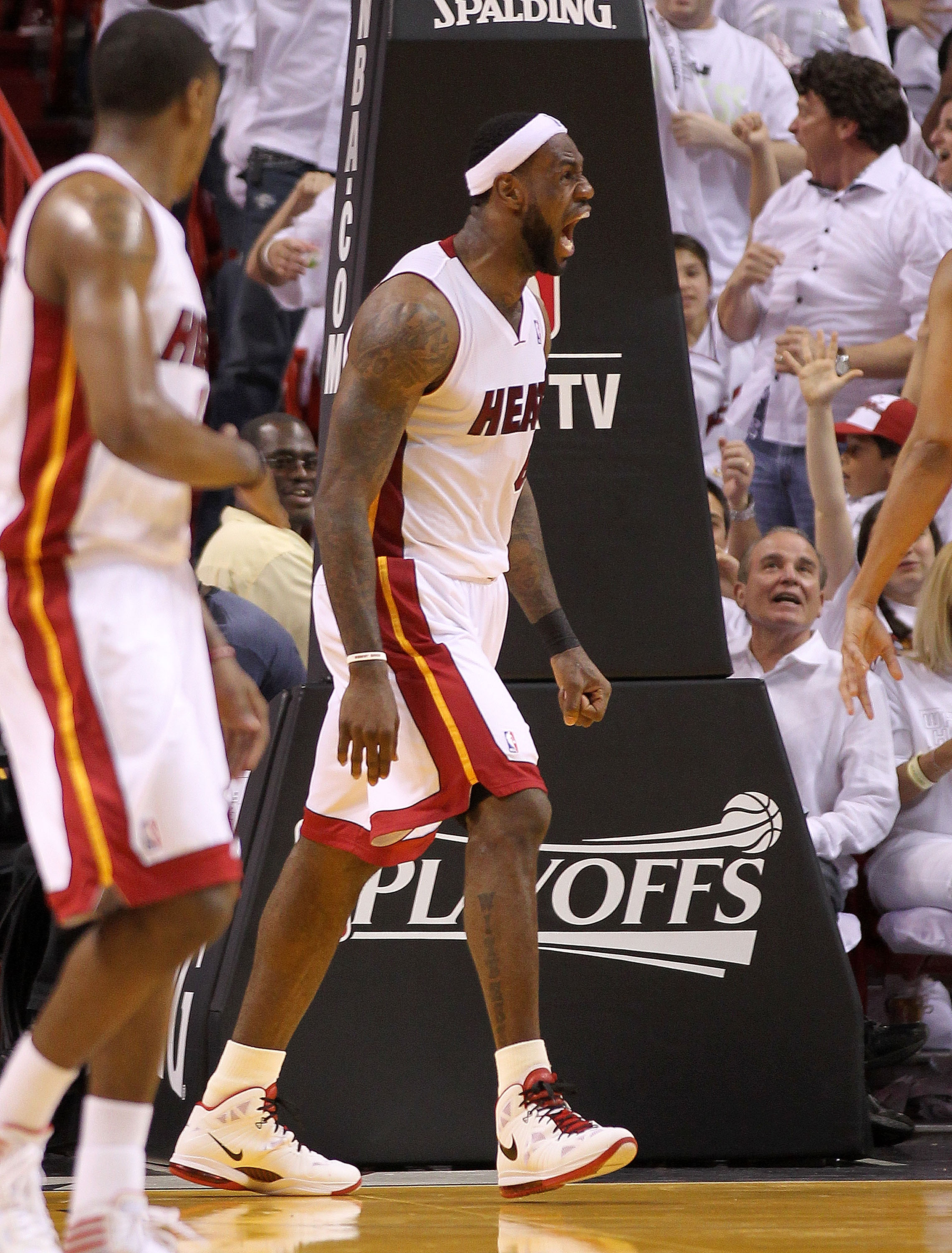 Guy in top right corner is more jacked than LeBron...