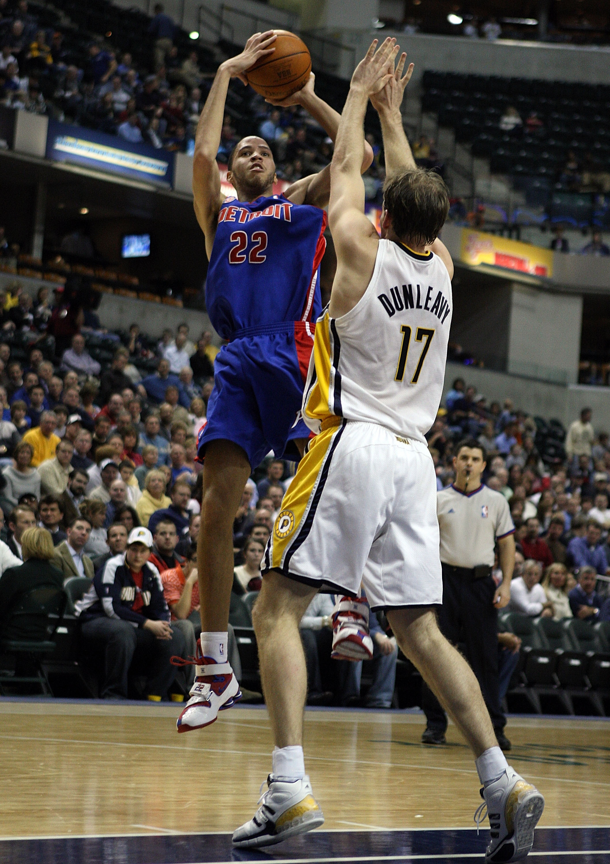 INDIANAPOLIS - JANUARY 29: Tayshaun Prince #22 of the Detroit Pistons shoots the ball over Mike Dunleavy #17 of the Indiana Pacers during the NBA game on January 29, 2008 at Conseco Fieldhouse in Indianapolis, Indiana. NOTE TO USER: User expressly acknowl
