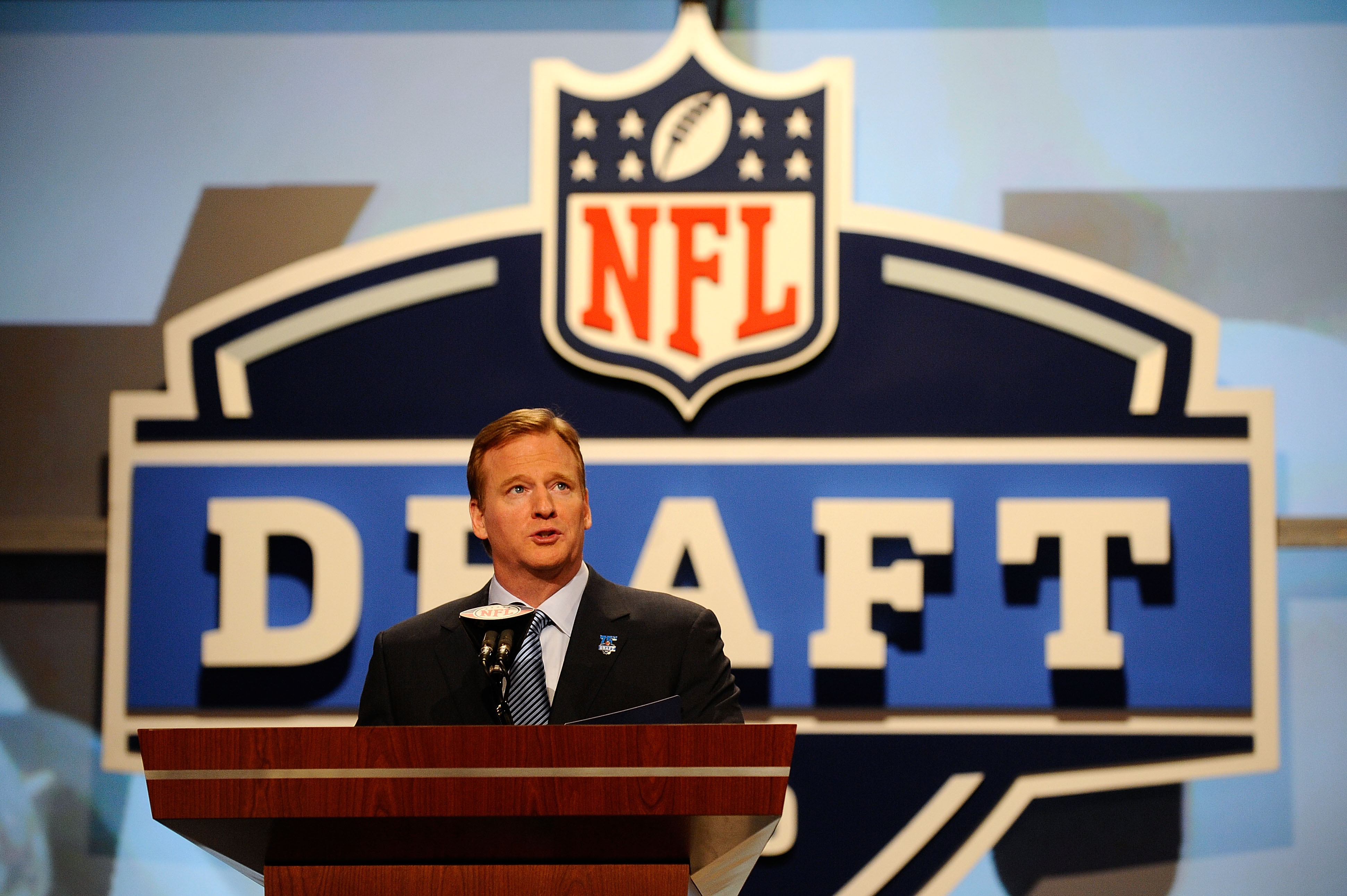 NEW YORK - APRIL 22:  NFL Commissioner Roger Goodell speaks at the podium on stage during the first round of the 2010 NFL Draft at Radio City Music Hall on April 22, 2010 in New York City.  (Photo by Jeff Zelevansky/Getty Images)
