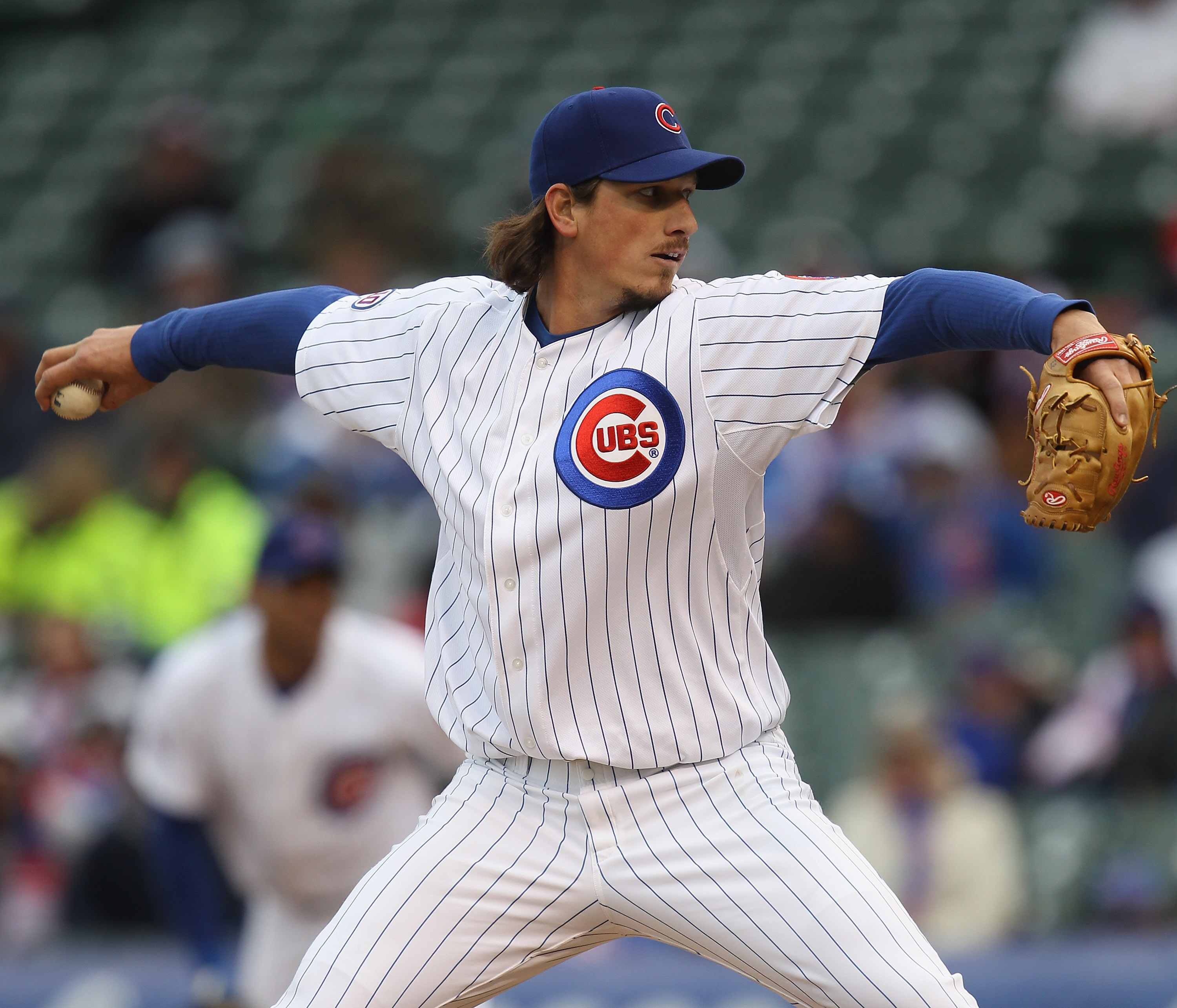 CHICAGO, IL - APRIL 20: Jeff Samardzija #29 of the Chicago Cubs pitches in the 10th inning against the San Diego Padres at Wrigley Field on April 20, 2011 in Chicago, Illinois. The Cubs defeated the Padres 2-1 in 11 innings. (Photo by Jonathan Daniel/Gett