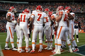 DENVER - JANUARY 03:  Quarterback Matt Cassel #7 of the Kansas City Chiefs runs the offensive huddle against the Denver Broncos during NFL action at Invesco Field at Mile High on January 3, 2010 in Denver, Colorado. The Chiefs defeated the Broncos 44-24.