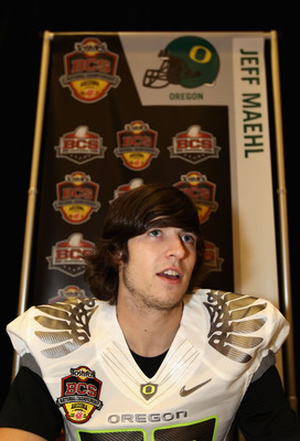 SCOTTSDALE, AZ - JANUARY 07:  Wide receiver Jeff Maehl of the Oregon Ducks talks with the media during Media Day for the Tostitos BCS National Championship Game at the JW Marriott Camelback Inn on January 7, 2011 in Scottsdale, Arizona.  (Photo by Christi