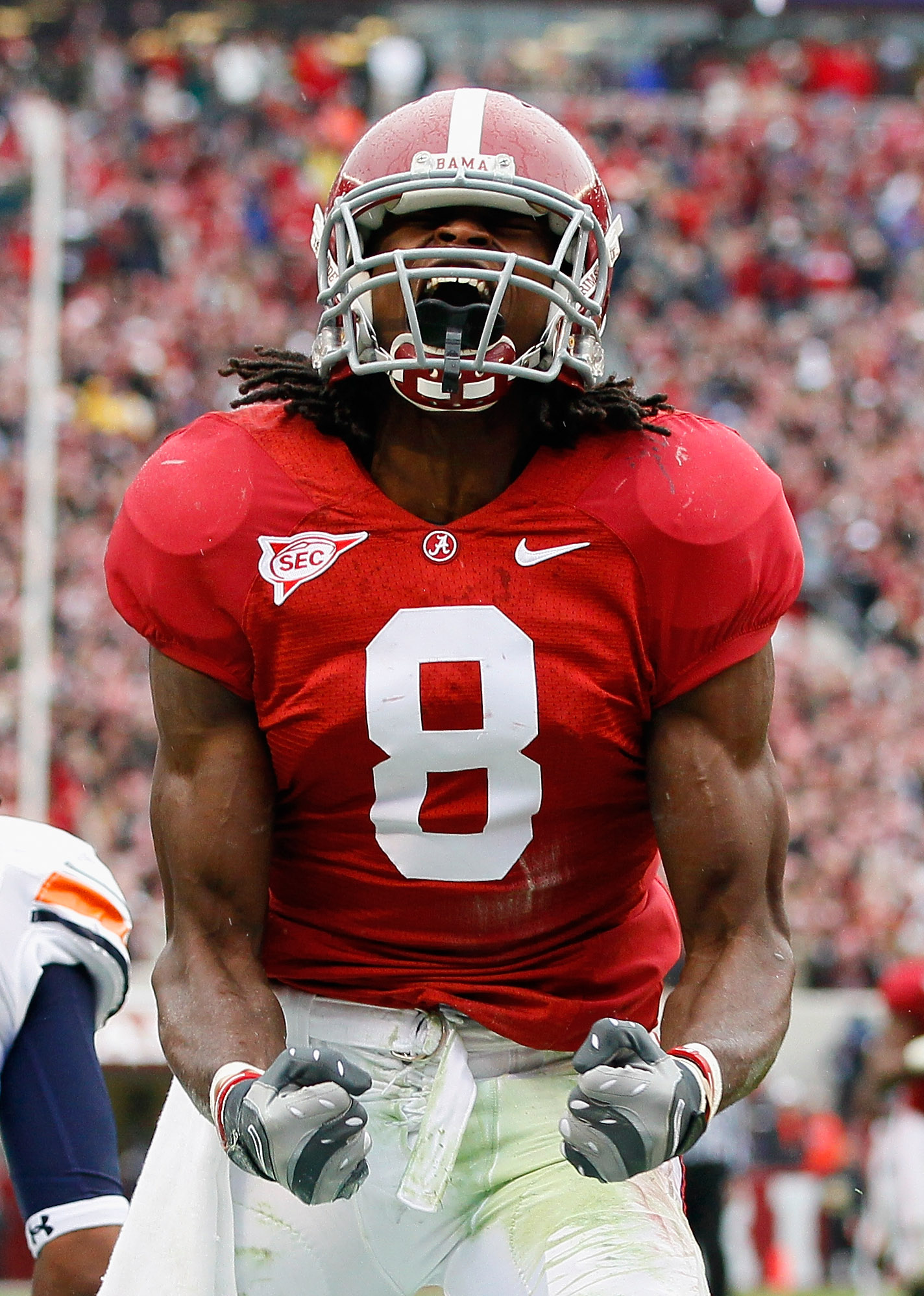 TUSCALOOSA, AL - NOVEMBER 26:  Julio Jones #8 of the Alabama Crimson Tide reacts after a long reception against the Auburn Tigers at Bryant-Denny Stadium on November 26, 2010 in Tuscaloosa, Alabama.  (Photo by Kevin C. Cox/Getty Images)