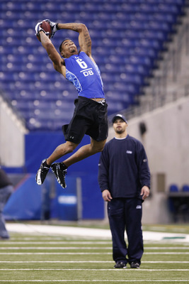 INDIANAPOLIS, IN - MARCH 1: Defensive back Curtis Brown #6 of Texas goes up for a pass during the 2011 NFL Scouting Combine at Lucas Oil Stadium on February 28, 2011 in Indianapolis, Indiana. (Photo by Joe Robbins/Getty Images)