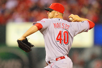ST. LOUIS, MO - APRIL 24: Reliever Nick Masset #40 of the Cincinnati Reds pitches against the St. Louis Cardinals at Busch Stadium on April 24, 2011 in St. Louis, Missouri.  (Photo by Dilip Vishwanat/Getty Images)