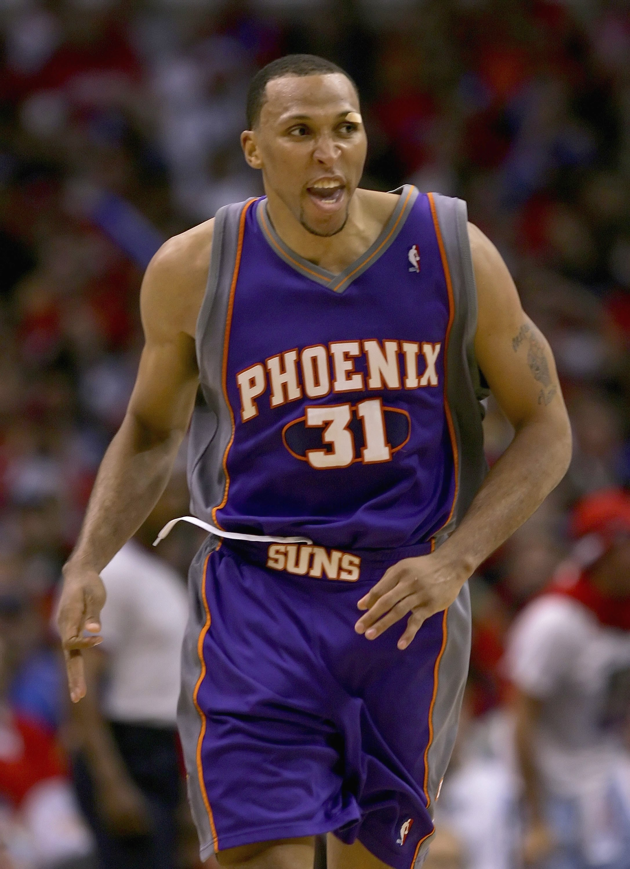 LOS ANGELES - MAY 18:  Shawn Marion #31 of the Phoenix Suns reacts in the second half of game six of the Western Conference Semifinals against the Los Angeles Clippers during the 2006 NBA Playoffs at Staples Center on May 18, 2006 in Los Angeles, Californ