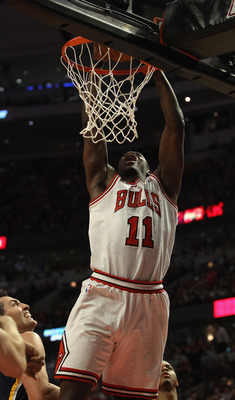 CHICAGO, IL - APRIL 18: Ronnie Brewer #11 of the Chicago Bulls dunks the ball against the Indiana Pacers in Game Two of the Eastern Conference Quarterfinals in the 2011 NBA Playoffs at the United Center on April 18, 2011 in Chicago, Illinois. The Bulls de