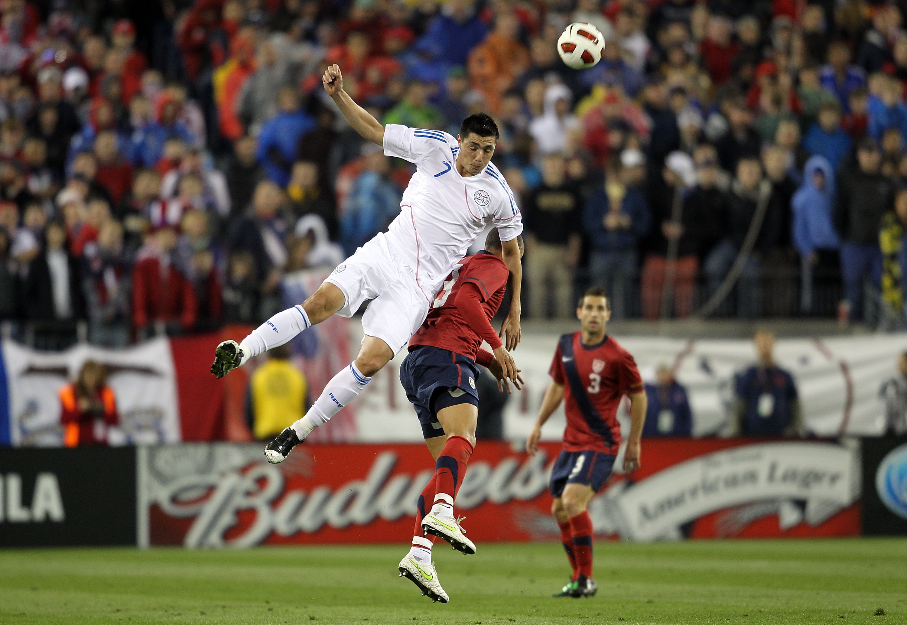 NASHVILLE, TN - MARCH 29: Jermaine Jones #13 of the United States and Oscar Cardozo#7 of Paraguay battle for the ball during an international friendly match at LP Field on March 29, 2011 in Nashville, Tennessee.  (Photo by Andy Lyons/Getty Images)
