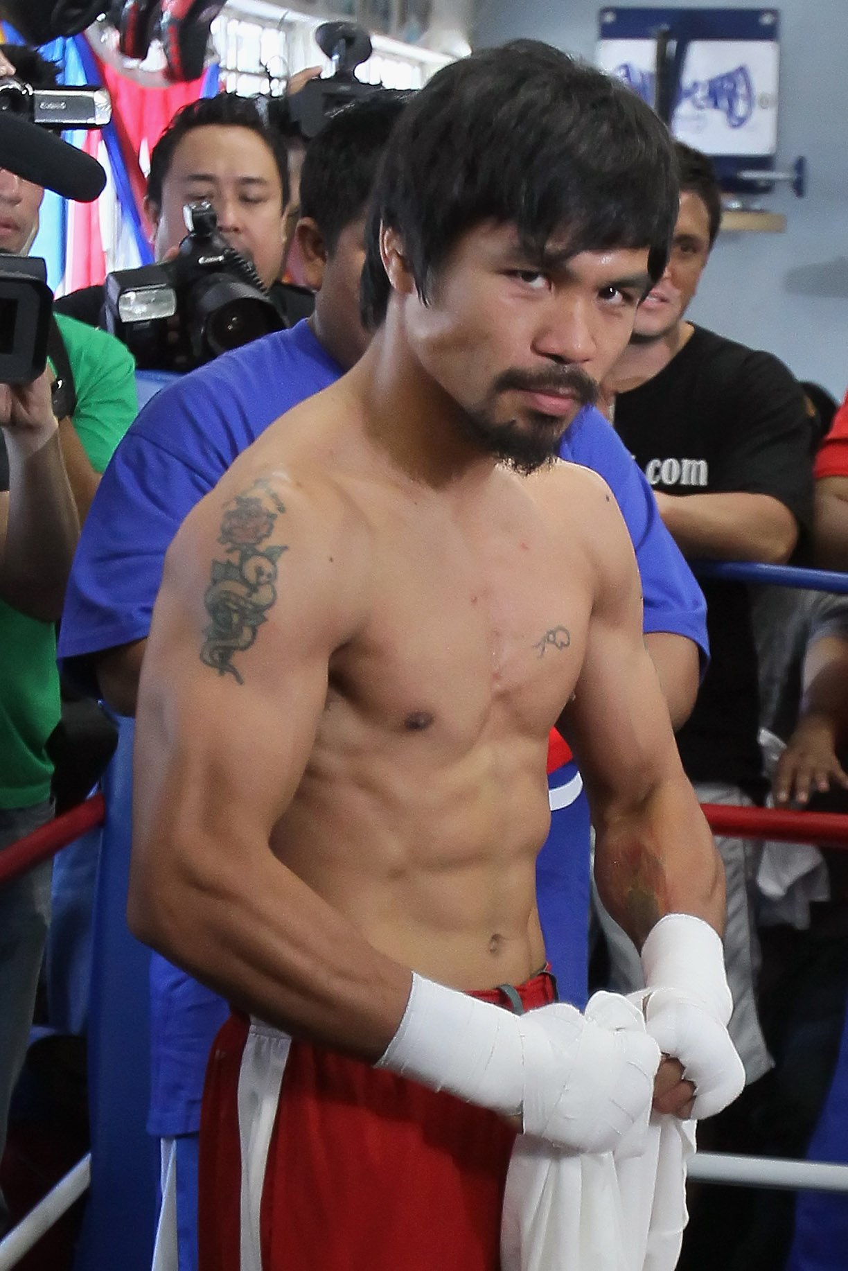 HOLLYWOOD, CA - APRIL 20:  Manny Pacquiao of the Philippines poses during a media workout at the Wild Card Boxing Club on April 20, 2011 in Hollywood, California.  (Photo by Jeff Gross/Getty Images)