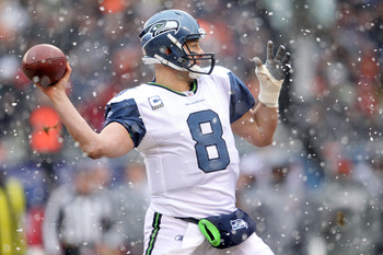 CHICAGO, IL - JANUARY 16:  Quarterback Matt Hasselbeck #8 of the Seattle Seahawks looks to pass against the Chicago Bears in the 2011 NFC divisional playoff game at Soldier Field on January 16, 2011 in Chicago, Illinois.  (Photo by Andy Lyons/Getty Images