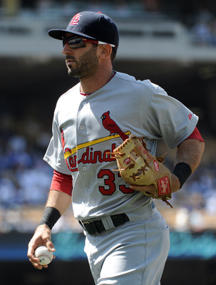 LOS ANGELES, CA - APRIL 17:  Daniel Descalso #33 of the St Louis Cardinals on the field during the game against the Los Angeles Dodgers at Dodger Stadium on April 17, 2011 in Los Angeles, California.  (Photo by Harry How/Getty Images)