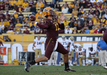 TEMPE, AZ - NOVEMBER 26:  Quarterback Brock Osweiler #17 of the Arizona State Sun Devils throws a pass against the UCLA Bruins during the college football game at Sun Devil Stadium on November 26, 2010 in Tempe, Arizona.  The Sun Devils defeated the Bruin