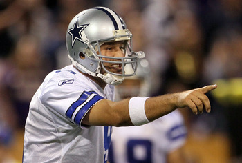 MINNEAPOLIS - OCTOBER 17:  Quarterback Tony Romo #9 of the Dallas Cowboys plays against the Minnesota Vikings at Mall of America Field on October 17, 2010 in Minneapolis, Minnesota.  (Photo by Jeff Gross/Getty Images)