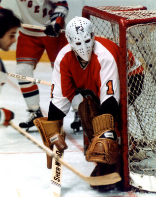 Bernie Parent is the only goaltender to ever win back-to-back Conn Smythe  trophies as playoff MVP 48cabac97