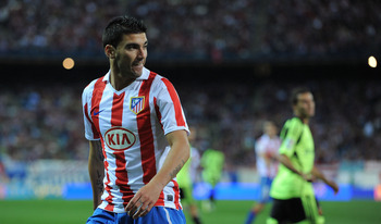 MADRID, SPAIN - SEPTEMBER 26:  Jose Antonio Reyes of Atletico during the La Liga match between Atletico Madrid and Real Zaragoza at the Vicente Calderon stadium on September 26, 2010 in Madrid, Spain.  (Photo by Denis Doyle/Getty Images)