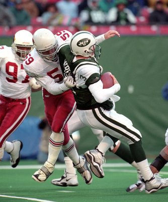 7 Nov 1999: Rob Fredrickson #59 of the Arizona Cardinals sacks Rick Mirer #3 of the New York Jets at Giants Stadium in East Rutherford, New Jersey. The Jets defeated the Cardinals 12-7.