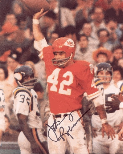 Kansas City Chiefs  Top Defenders Not in the Pro Football Hall of ... 0dc52ad35
