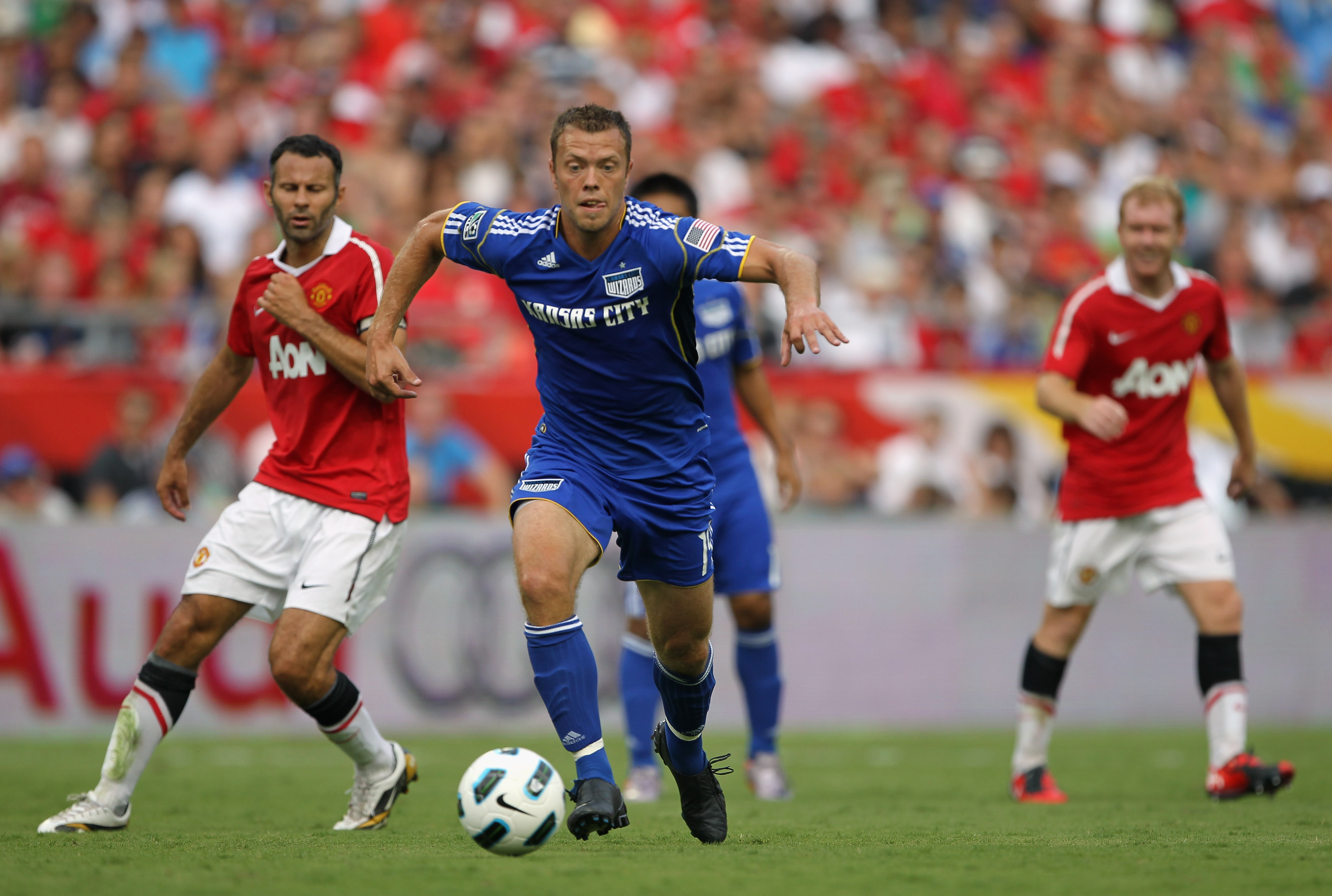 KANSAS CITY, MO - JULY 25:  Jack Jewsbury #14 of the Kansas City Wizards controls the ball during the game against Manchester United at Arrowhead Stadium on July 25, 2010 in Kansas City, Missouri.  (Photo by Jamie Squire/Getty Images)