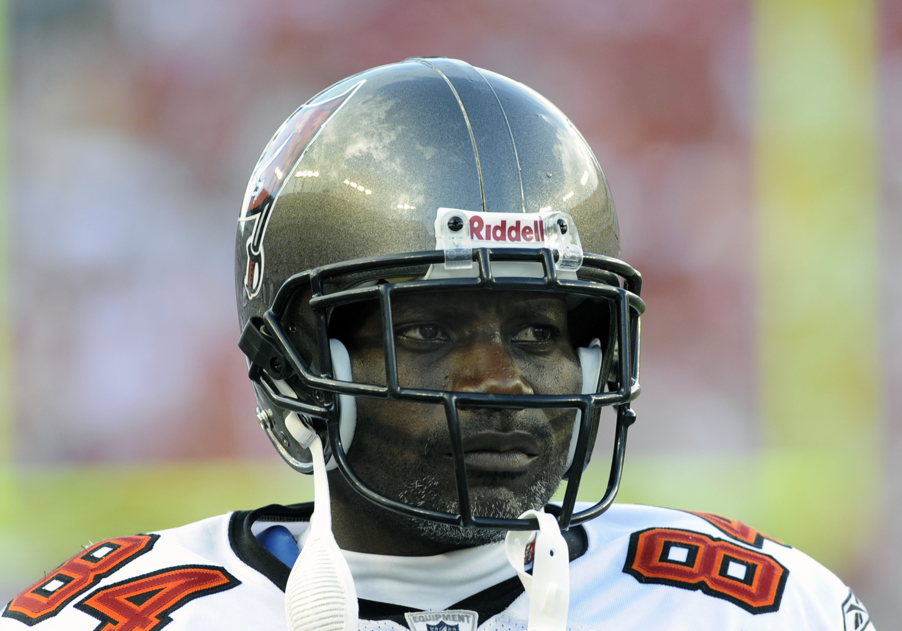 TAMPA, FL - SEPTEMBER 14: Wide receiver Joey Galloway #84 of the Tampa Bay Buccaneers watches play against the Atlanta Falcons at Raymond James Stadium on September 14, 2008 in Tampa, Florida.  The Buccaneers defeated the Falcons 24-9. (Photo by Al Messer