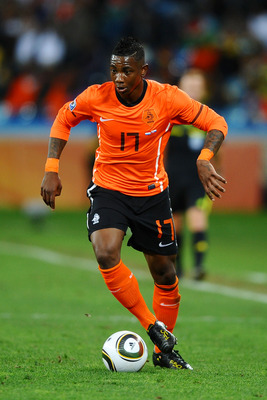 DURBAN, SOUTH AFRICA - JUNE 28:  Eljero Elia of the Netherlands in action during the 2010 FIFA World Cup South Africa Round of Sixteen match between Netherlands and Slovakia at Durban Stadium on June 28, 2010 in Durban, South Africa.  (Photo by Laurence G