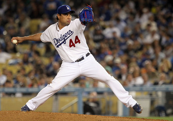 LOS ANGELES, CA - AUGUST 04:  Starting pitcher Vicente Padilla #44 of the Los Angeles Dodgers pitches against the San Diego Padres at Dodger Stadium on August 4, 2010 in Los Angeles, California. The Dodgers defeated the Padres 9-0.  (Photo by Jeff Gross/G