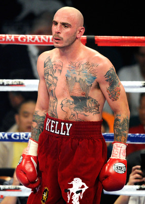 LAS VEGAS, NV - MAY 07:  Kelly Pavlik appears in the ring during his super middleweight fight against Alfonso Lopez at the MGM Grand Garden Arena May 7, 2011 in Las Vegas, Nevada. Pavlik won by majority decision.  (Photo by Ethan Miller/Getty Images)