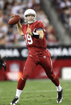 GLENDALE, AZ - DECEMBER 25:  Quarterback John Skelton #19 of the Arizona Cardinals drops back to pass during the NFL game against the Dallas Cowboys at the University of Phoenix Stadium on December 25, 2010 in Glendale, Arizona. The Cardinals defeated the
