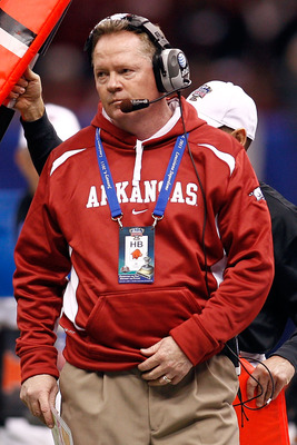 NEW ORLEANS, LA - JANUARY 04:  Head coach Bobby Petrino of the Arkansas Razorbacks reacts against the Ohio State Buckeyes during the Allstate Sugar Bowl at the Louisiana Superdome on January 4, 2011 in New Orleans, Louisiana.  (Photo by Chris Graythen/Get