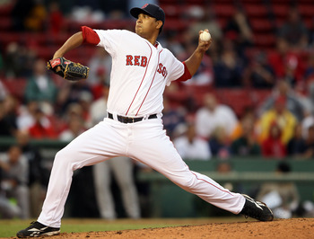 BOSTON - AUGUST 22:  Felix Doubront #61 of the Boston Red Sox delivers a pitch in the ninth inning against the Toronto Blue Jays on August 22, 2010 at Fenway Park in Boston, Massachusetts. The Red Sox defeated the Blue Jay 5-0.  (Photo by Elsa/Getty Image