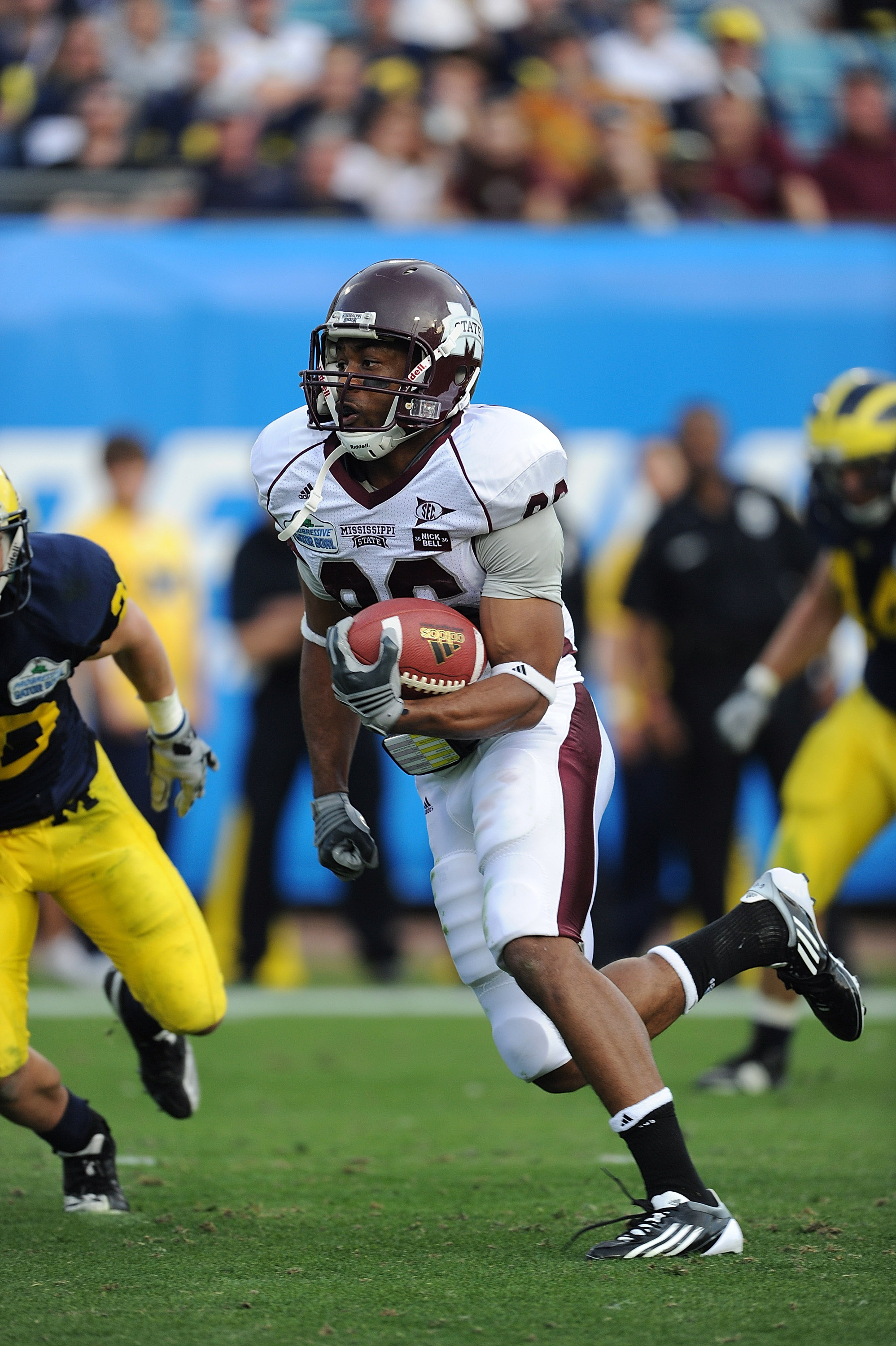 JACKSONVILLE, FL - JANUARY 01:  Michael Carr #86 of the Mississippi State Bulldogs scores on a 31 yard pass reception in the second half against the Michigan Wolverines during the Gator Bowl at EverBank Field on January 1, 2011 in Jacksonville, Florida  (