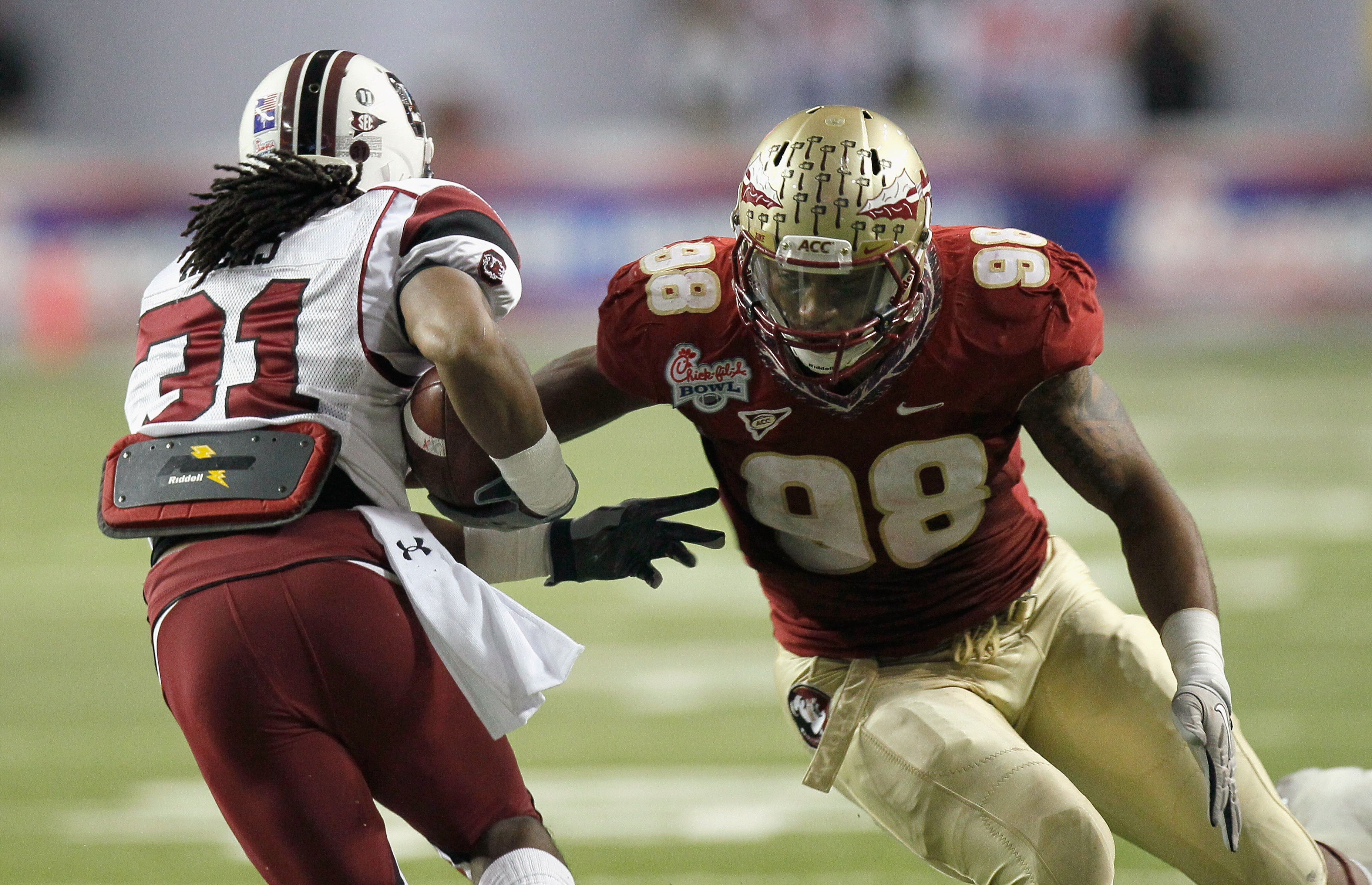 ATLANTA, GA - DECEMBER 31:  Markus White #98 of the Florida State Seminoles against the South Carolina Gamecocks during the 2010 Chick-fil-A Bowl at Georgia Dome on December 31, 2010 in Atlanta, Georgia.  (Photo by Kevin C. Cox/Getty Images)