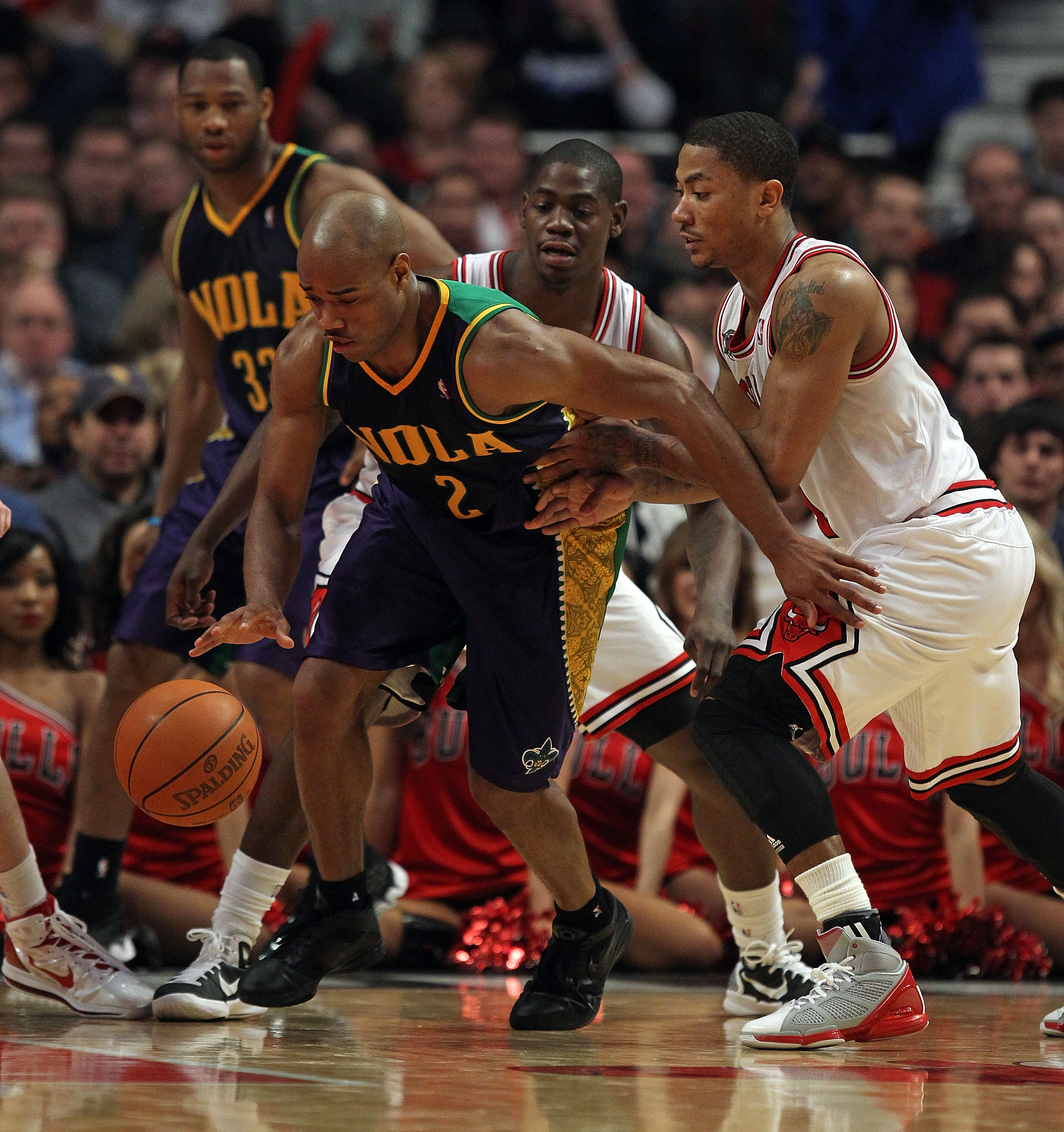64a49588225 Derrick Rose vs. Chris Paul  Debating Who s the Best Point Guard in ...