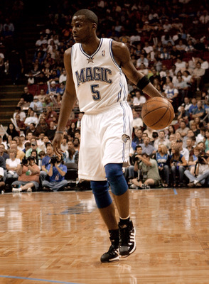 ORLANDO, FL - FEBRUARY 22:  Keyon Dooling, #5 of the Orlando Magic, sets up the offense in a game against the Philadelphia 76ers at Amway Arena on February 22, 2008 in Orlando Florida. NOTE TO USER: User expressly acknowledges and agrees that, by download