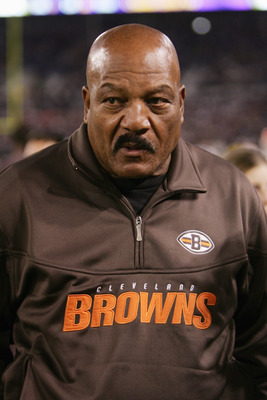 BALTIMORE - NOVEMBER 7:  Cleveland Browns Hall of Famer Jim Brown looks on as the Browns play the Baltimore Ravens at M&T Bank Stadium on November 7, 2004 in Baltimore, Maryland. The Ravens defeated the Browns 27-13.  (Photo by Doug Pensinger/Getty Images