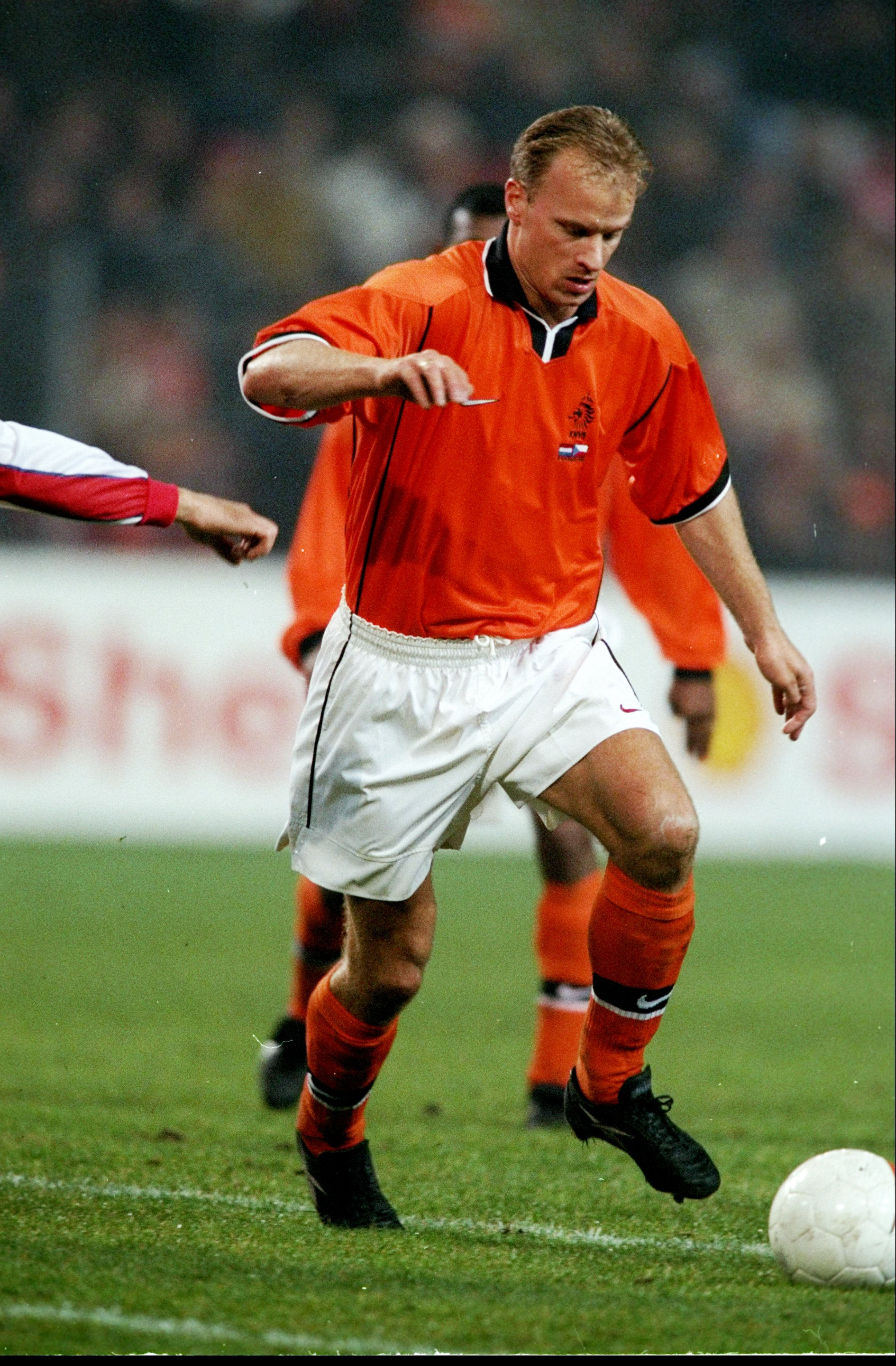 13 Nov 1999:  Dennis Bergkamp of Holland in action against the Czech Republic during an International Friendly at the Philips Stadion in Eindhoven, Holland. The game ended 1-1.  \ Mandatory Credit: Alex Livesey /Allsport